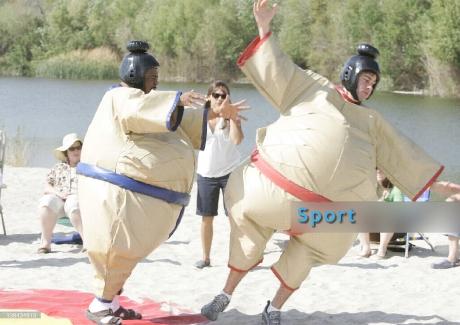 sumo-berles-ceges-csaladi-nap-rendezvenyeszkoz
